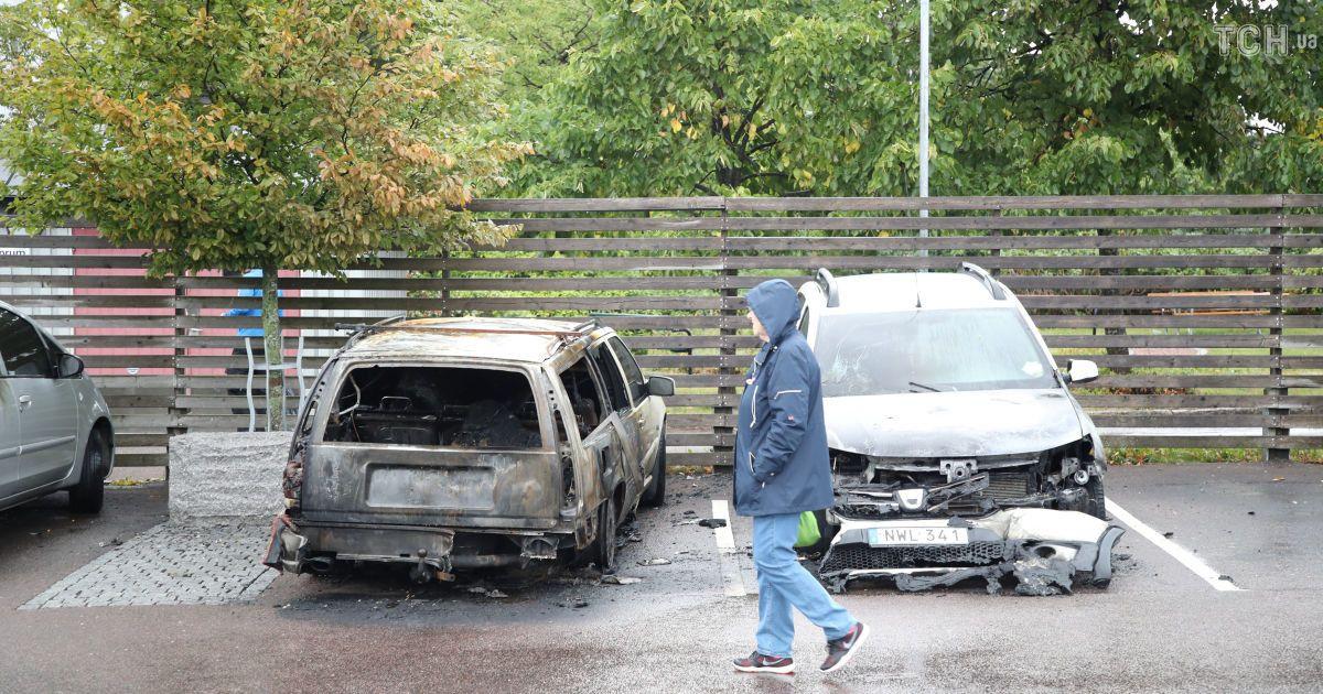 ВШвеции около 80 авто  пострадали отподжога вночь навторник