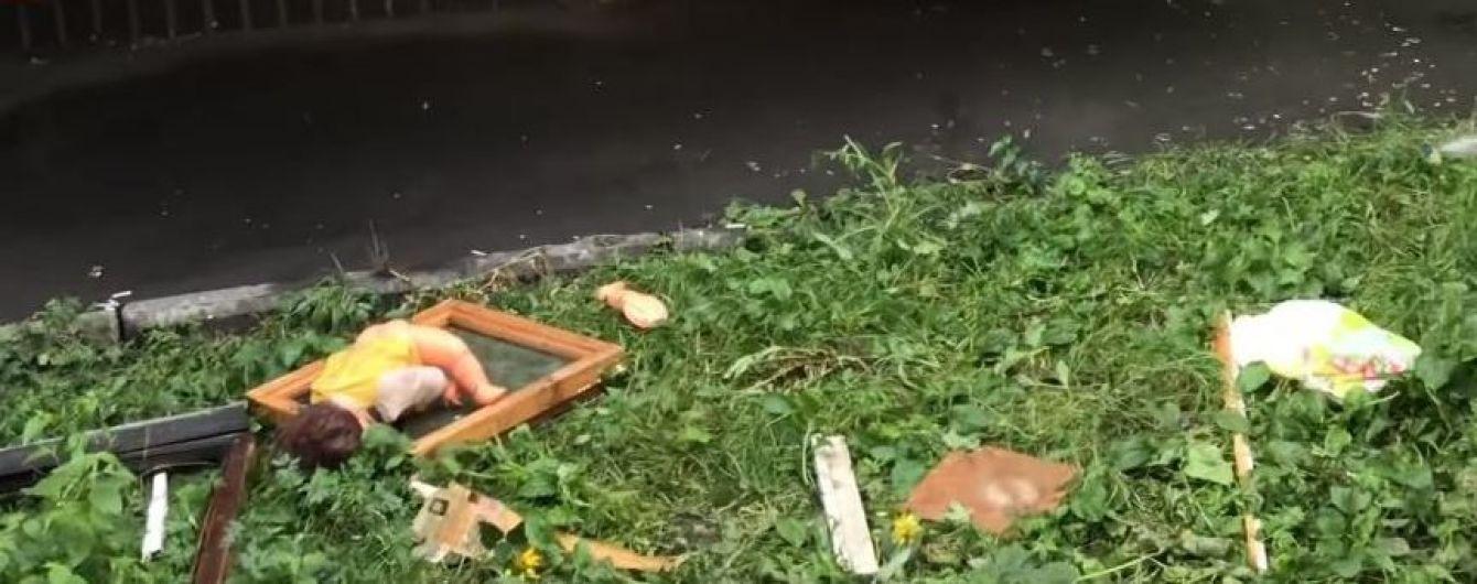 В Киеве в квартире взорвались и вспыхнули телевизоры, пострадал человек