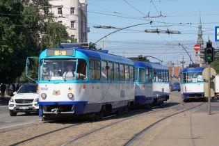 У Львові пропонують створити кафе у раритетних чеських трамваях