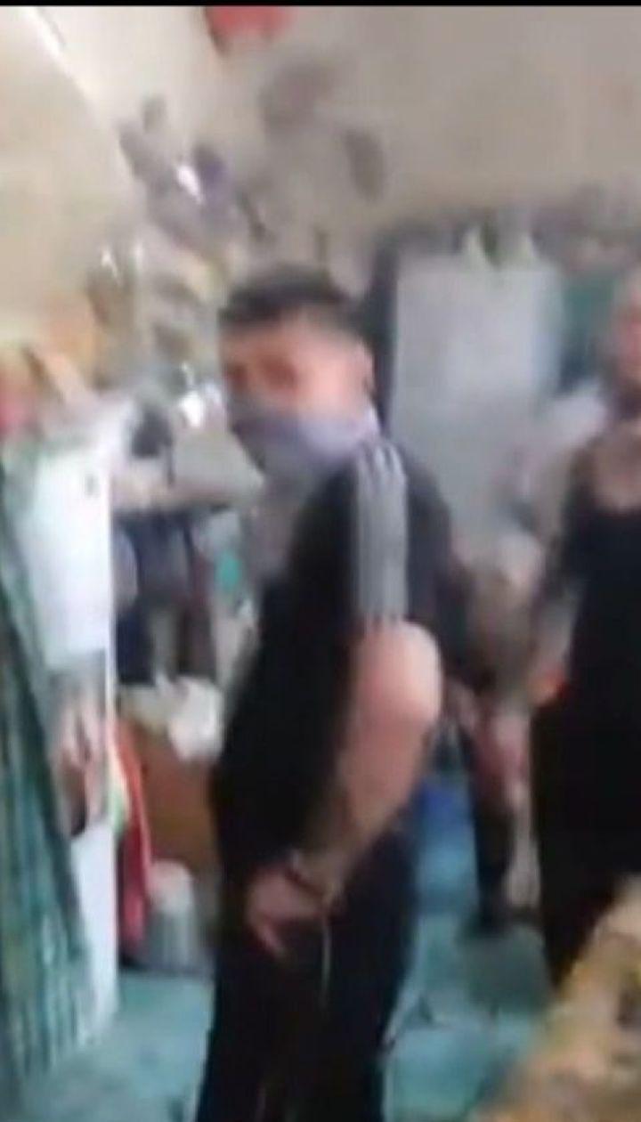 """ТСН отримала кадри непокори екс-бійців """"Торнадо"""" у Лук'янівському СІЗО"""