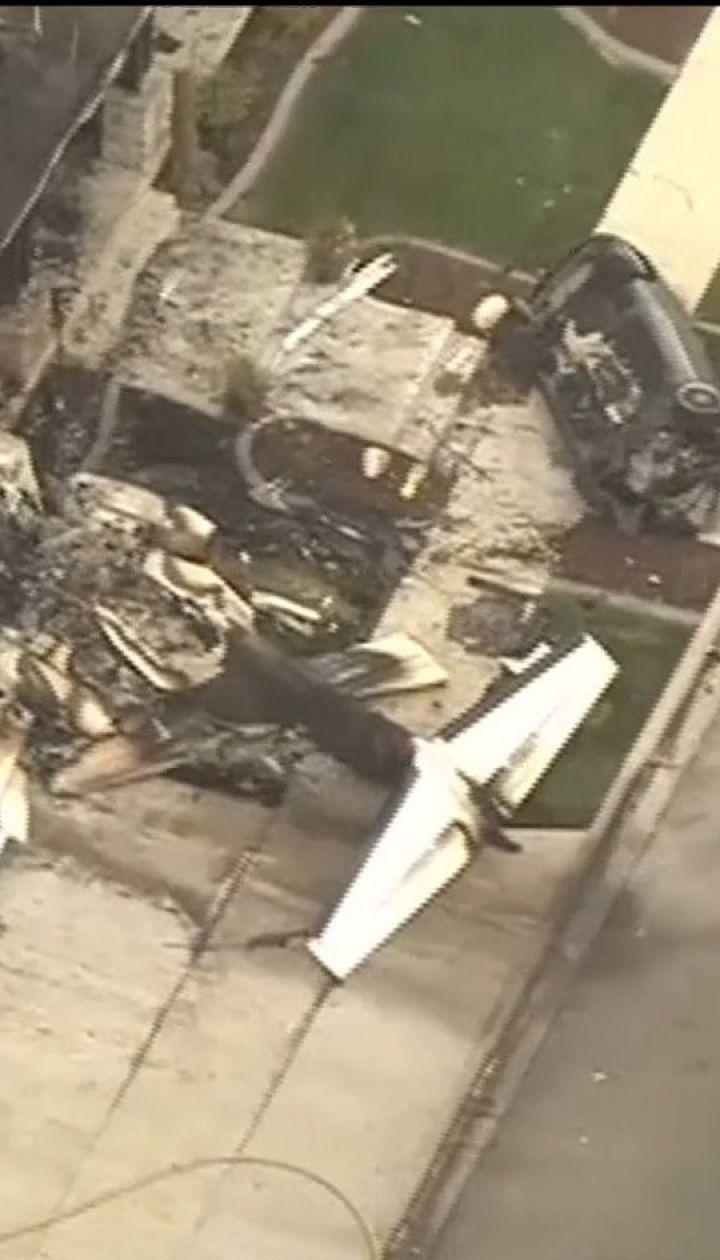 В США мужчина влетел в собственный дом на украденном самолете