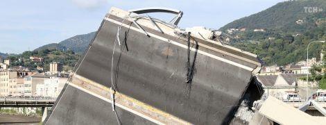 Правительство Италии ввело режим чрезвычайного положения в Генуе из-за обвала моста