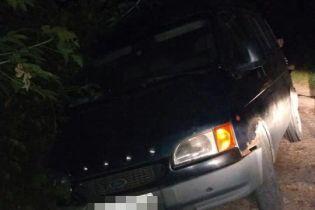 У Чернівцях водій вже увосьме сів за кермо п'яним та спричинив ДТП