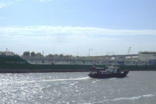 Россияне после 11 дней молчания вдруг заявили свои претензии на задержанное в Херсоне судно