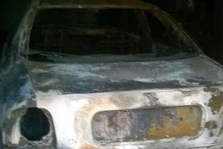 На Сумщине сожгли авто депутата – она объяснила это местью за разоблачение коррупционных схем