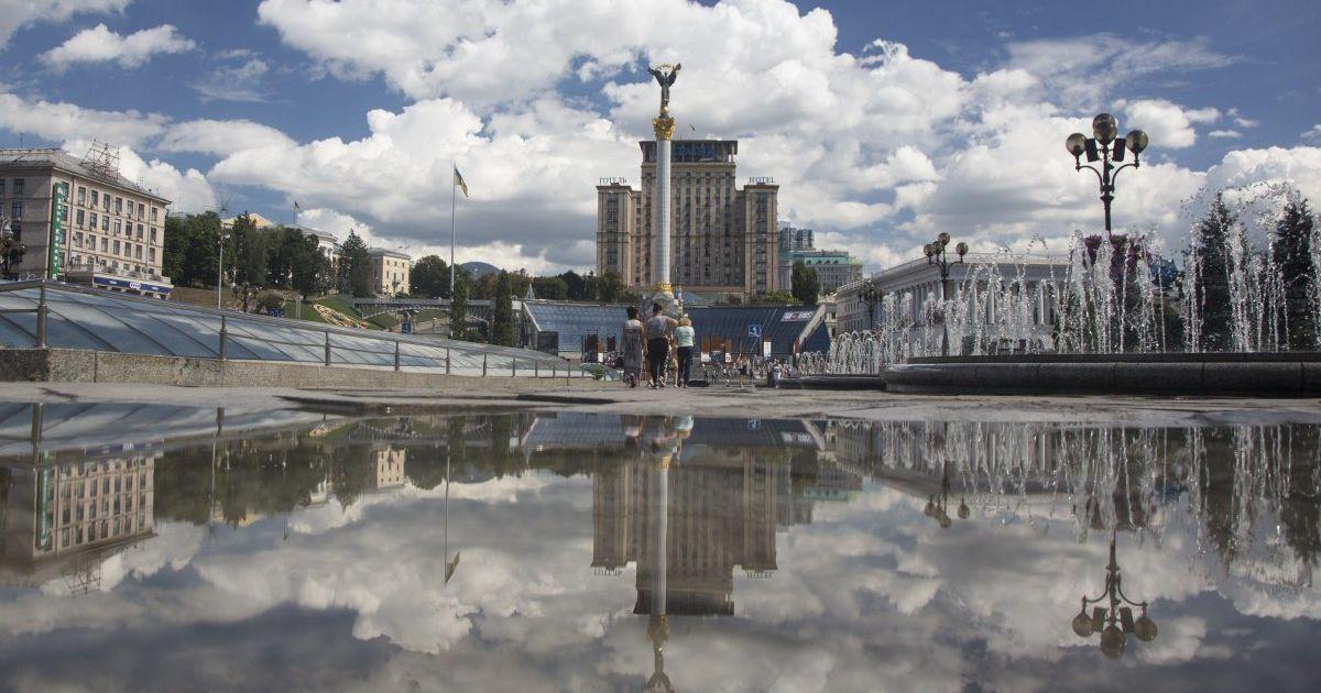 Частину України поливатимуть дощі, а на іншій буде сонце й спека. Прогноз погоди на 16 серпня