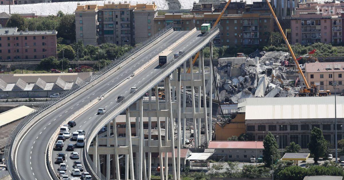 741d6fa7905bdc Від 10 до 20 людей досі можуть перебувати під завалами моста – прокуратура  Генуї (11.99/21)