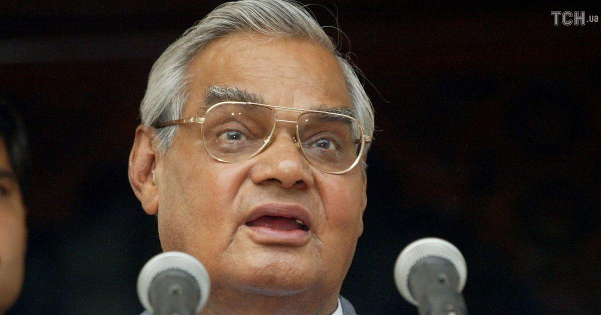 В Індії помер 93-річний екс-прем'єр