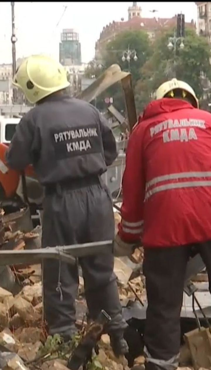 Поваленные деревья и разрушенные фасады: столицу накрыл климатический апокалипсис