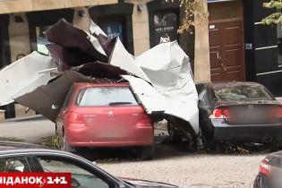 Фахівці розповіли, як уберегти автомобілі від стихійного лиха