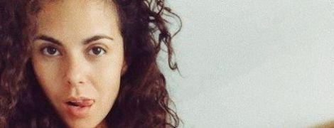 """Настя Каменських випустила пісню про те, як її """"всю ніч ламала туга"""""""