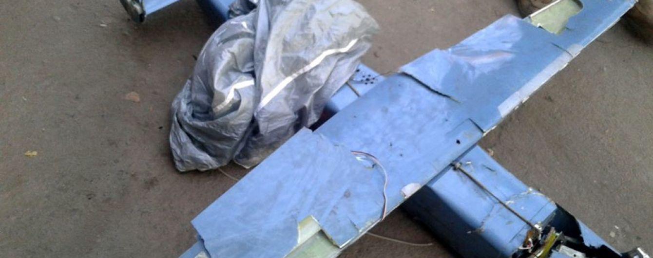 Бойовики бомблять Водяне гранатами з безпілотників