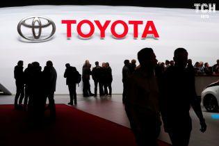 Toyota и Microsoft вложили в конкурента Uber более $2 миллиардов
