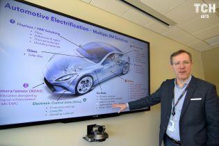 Євросоюз планує змусити автовиробників активніше просувати електрокари