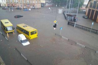 Садовый про Львов после потопа: вода сошла, осталось болото