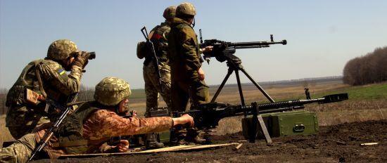Протягом дня бойовики чотири рази обстріляли українські позиції. Одного військового поранено