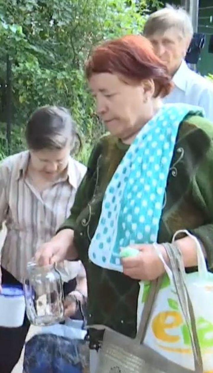 У Чернівцях мешканці багатоповерхівок невдоволені проведенням у їхньому дворі благодійних обідів
