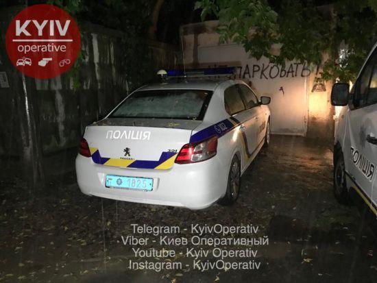 У Києві на смітнику знайшли тіло новонародженої дитини