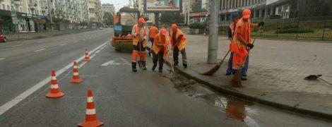 """В """"Киевавтодоре"""" отчитались об уборке столичных улиц после ночного ливня"""