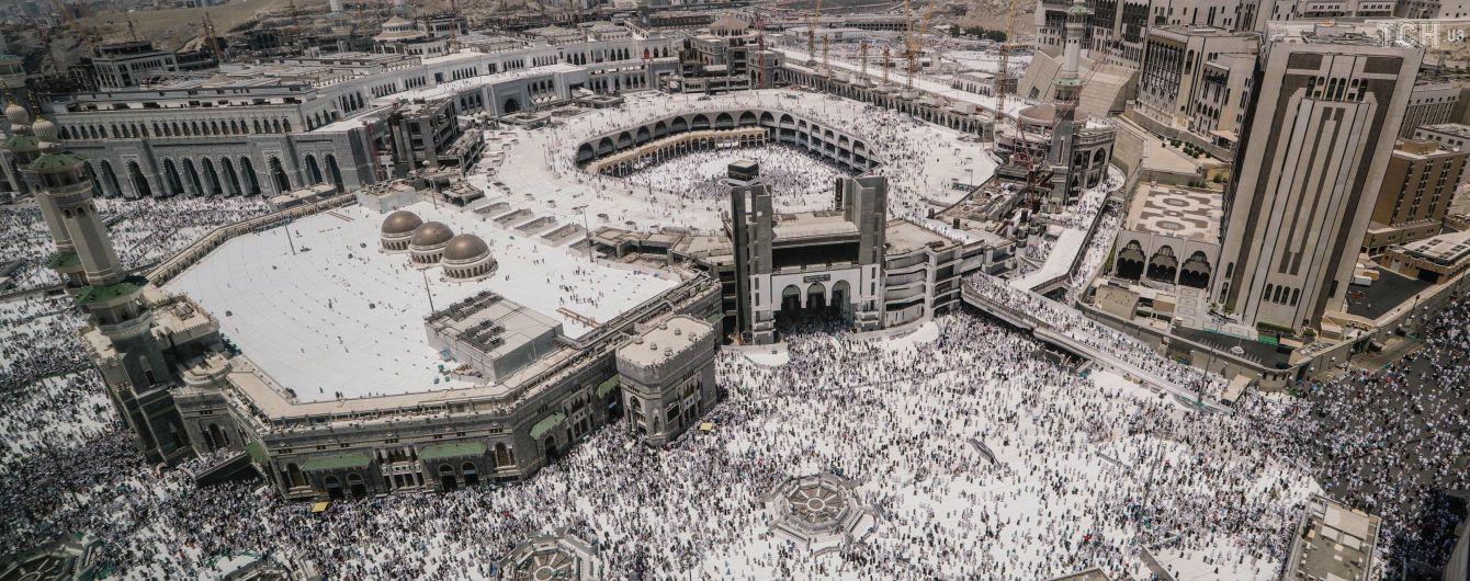 У Саудівській Аравії надумали карати в'язницею і штрафами за жарти в соцмережах