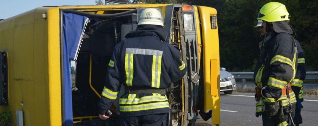На Дніпропетровщині зросла кількість постраждалих у ДТП вантажівки та маршрутки