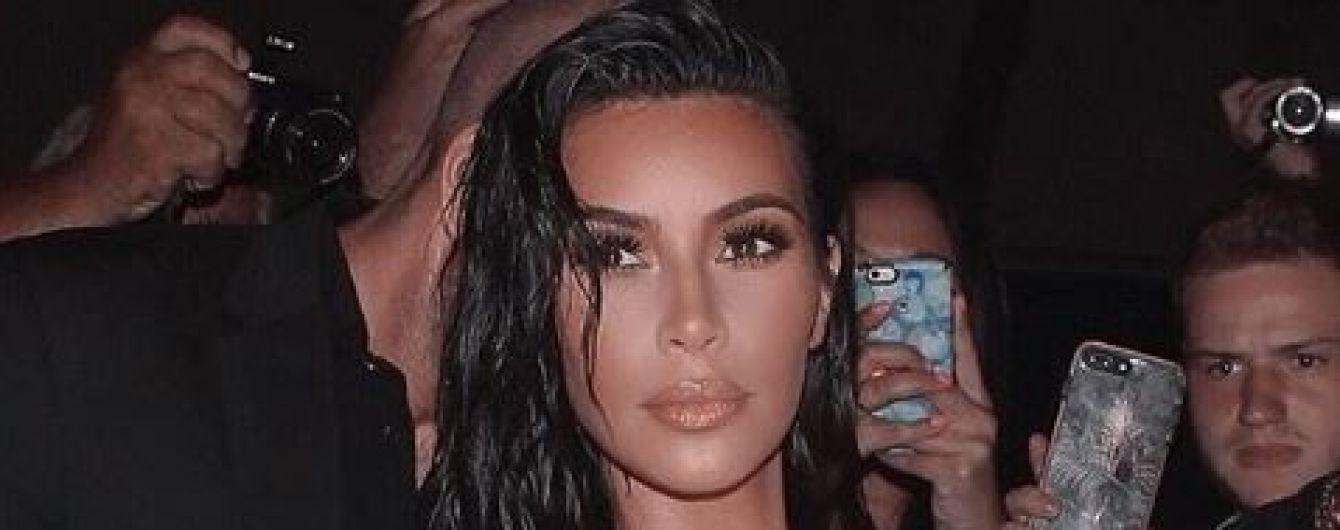 """""""Одержимая смертью"""" Ким Кардашян призналась, что тренируется делать макияж в морге"""