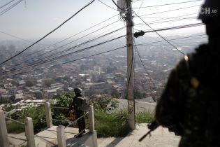 Бразилія направила війська до кордону з Венесуелою