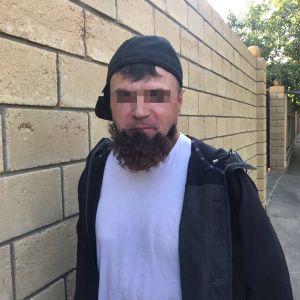 """В Одесі затримали кілера, в якого відклеїлася """"борода"""", коли він йшов на """"діло"""""""
