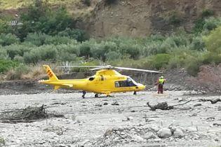 Через раптовий паводок в Італії загинули восьмеро туристів