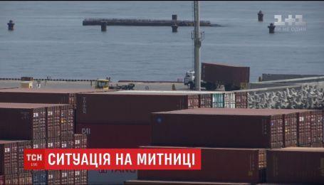 """На ринку """"7 кілометр"""" в Одесі виявили контрабанди на 150 мільйонів доларів"""