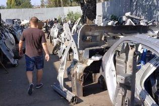 В Україні розкрили злочинну схему викрадення дорогих авто