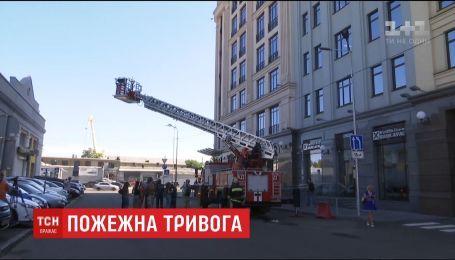 Эвакуация бизнес-центра: в Киеве провели пожарные учения
