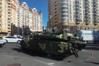 У Києві танк не доїхав на репетицію параду