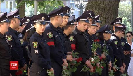 Харьков будут патрулировать усиленные оружием и спецзащитой наряды полиции