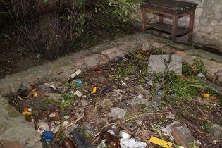 У Тернополі діти знайшли рештки людини, граючись на закинутому подвір'ї