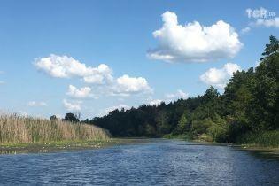 Остання неділя літа в Україні буде спекотною, проте в частині регіонів пройдуть дощі