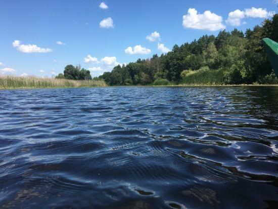 На Закарпатті шукають п'ятикласника, якого змило у річку