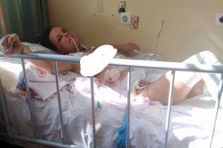 Оля дивом вижила в аварії і тепер потребує допомоги
