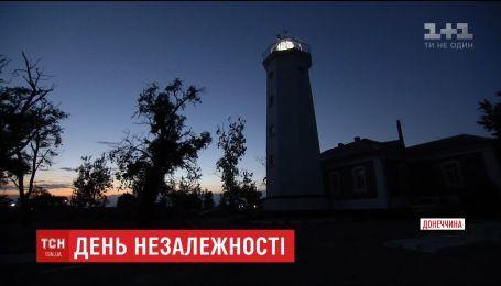 Новое поколение: история семьи, которая живет и работает на Белосарайском маяке