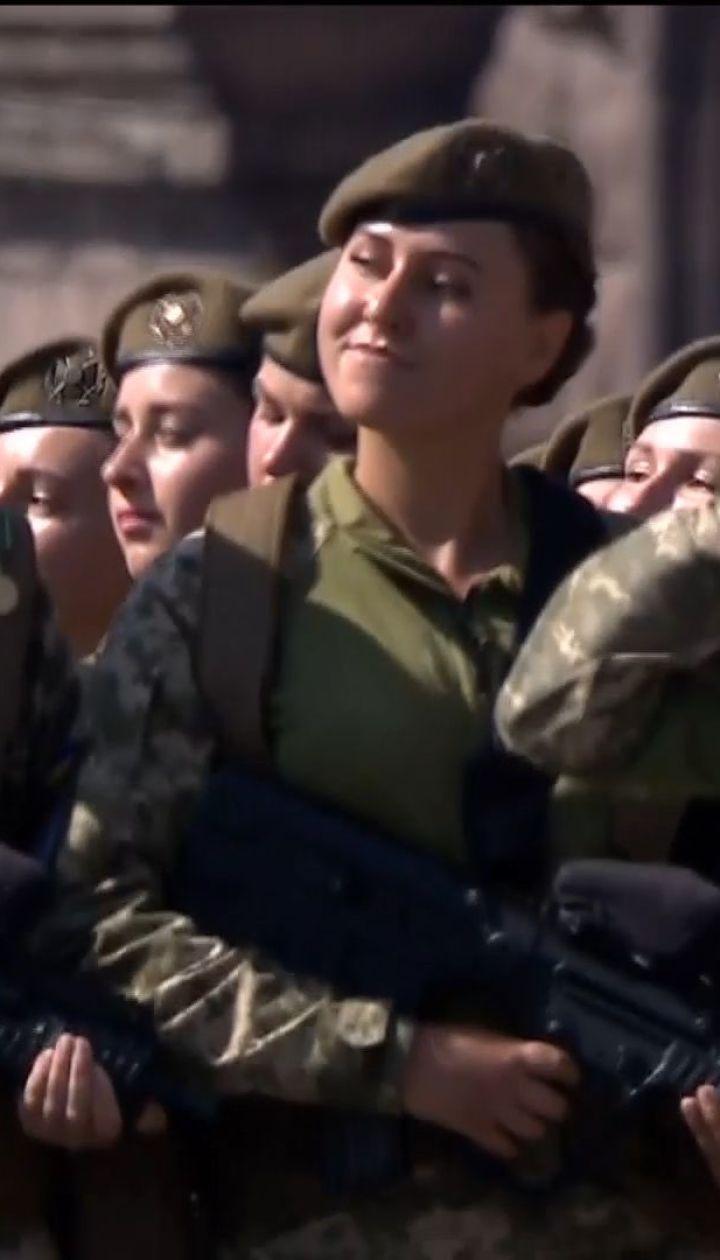 У параді до Дня Незалежності вперше взяли участь жінки-військові