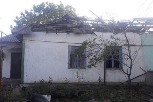 Опубликованы фото поврежденного обстрелом села на Луганщине, где погиб мирный житель
