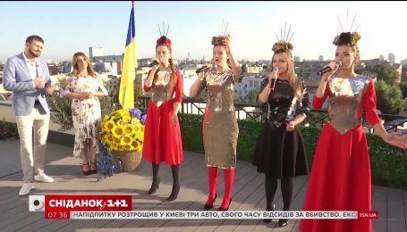 Известные группы исполнили гимн Украины в разных жанрах