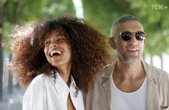 51-річний екс-чоловік Моніки Беллуччі одружився з 21-річною моделлю