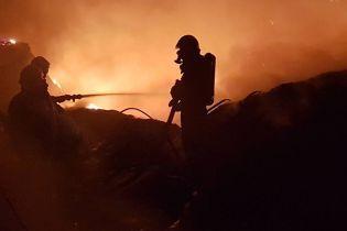 """""""Нова пошта"""" пообіцяла компенсувати вартість посилок, які були втрачені у пожежі в Мукачеві"""