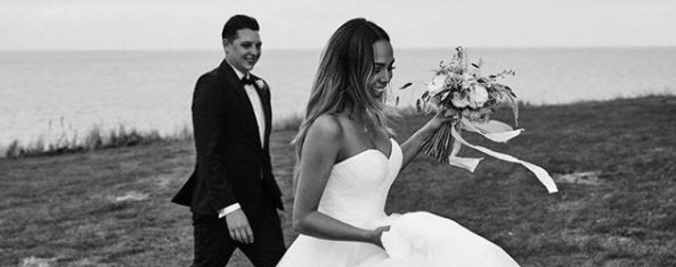 Британський співак Джон Ньюмен одружився