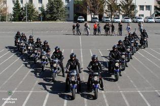 Патрульная полиция пересаживается на мотоциклы
