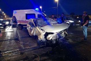 У Петербурзі розвідний міст калічить водіїв