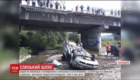 Стали відомі деталі ДТП на Львівщині, під час якої постраждало 8 людей