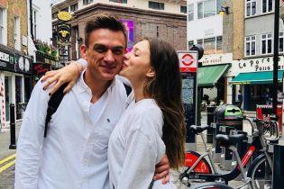 Беременная Регина Тодоренко показала совместные пения с женихом Топаловым