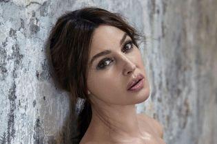 Красивая и сексуальная: Моника Беллуччи предстала в новом фотосете